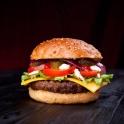 Für den bald eröffneten Burgerladen BURGER YOUR BEEF wurden mehrere Burger fotografiert