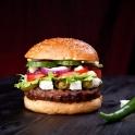 Neben klassischen Burgern wie dem Chilli Cheese...
