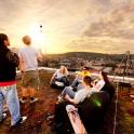 Crossboccia Werbefotografie auf dem Dach eines Wohnheims in Wuppertal