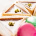 Ein Foodfotograf muss beim Foodstyling auf die perfekte Anordnung der Objekte achten