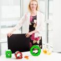 Kunstvolle Kunststoffprodukte werden im Konferenzraum ausgestellt