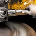Industriefotografie- Mensch und Maschine scheinen zu verschmelzen